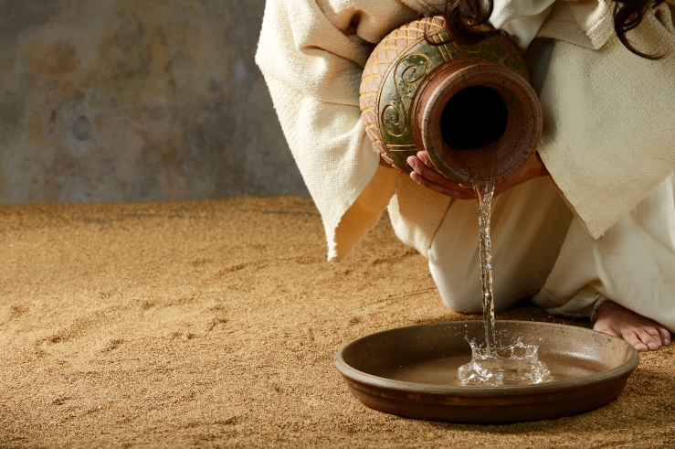 Jesus with Water shutterstock_254984161